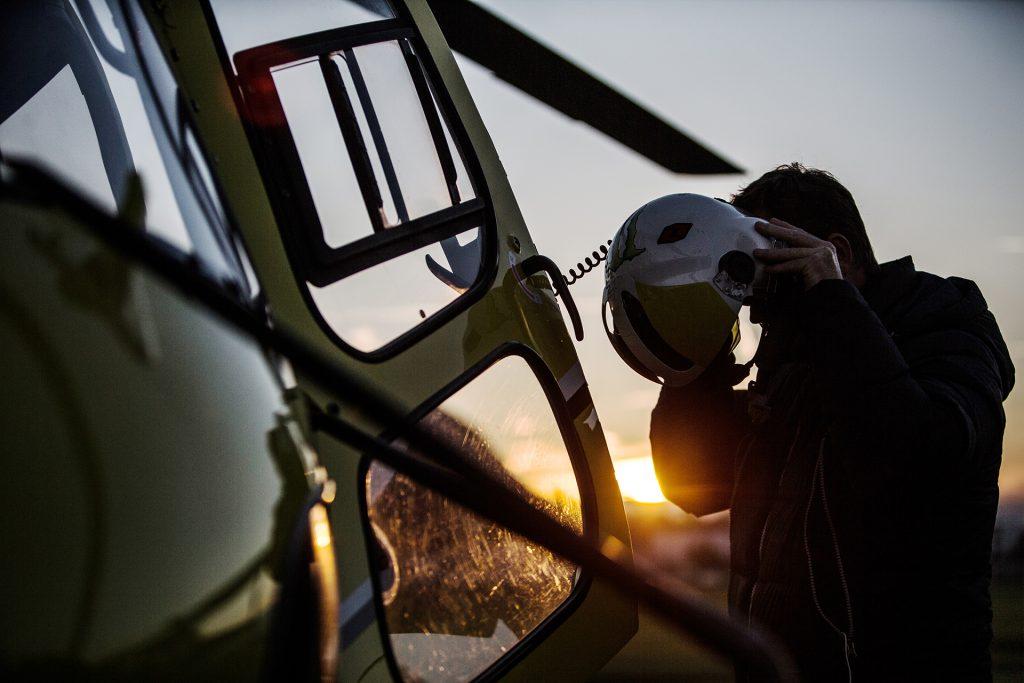 Flying school - Private  (PPL-H) & Professional (CPL-H) pilot training - Mont Blanc Hélicoptères Les Arcs