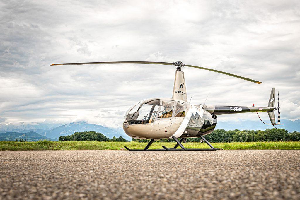 Initiation & école de pilotage - Vol d'initiation au pilotage - Mont Blanc Hélicoptères Les Arcs