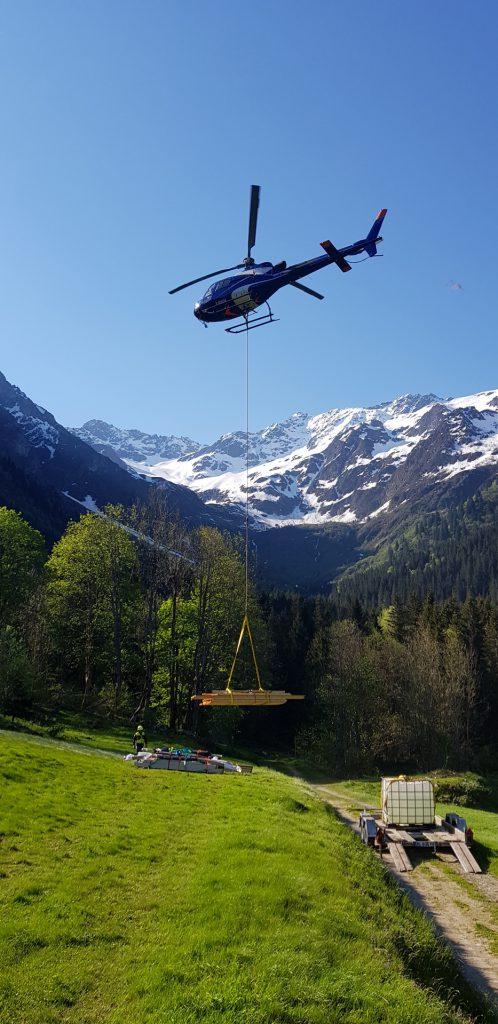 Travail aerien - Héliportage - Mont Blanc Hélicoptères Les Arcs